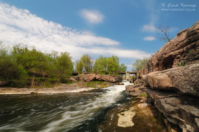 Водоспад «Вир», каньйон в Буках, Черкащина. фото: Сергій Криниця