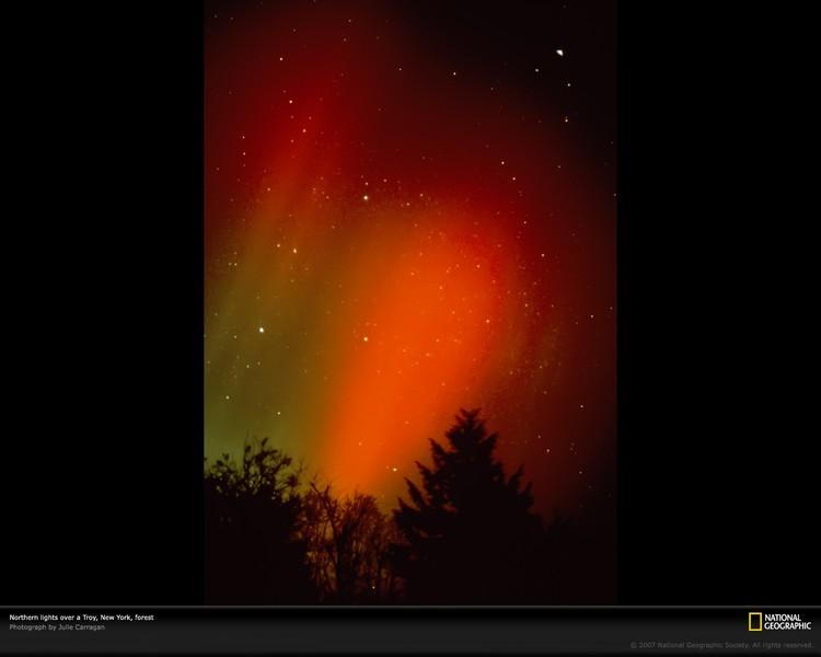 Дивовижні вогні у небі: найкращі фотографій північного сяйва (3)