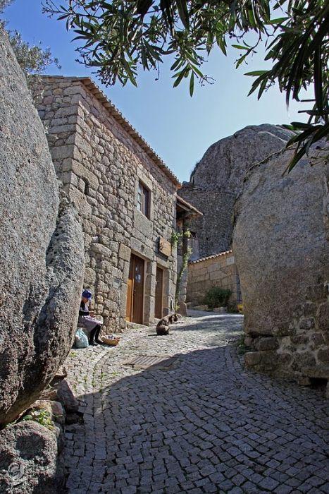 Село Монсанто - справжнє Португальське село (6)