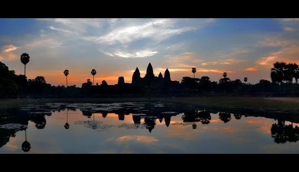 Ангкор Ват у Камбоджі - містичне та дивовижне по своїй атмосфері і масштабності місце (23)