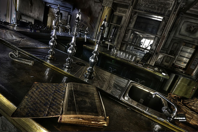 Будинок 1000 духів - пекельний ресторан, що наводить жах (33)