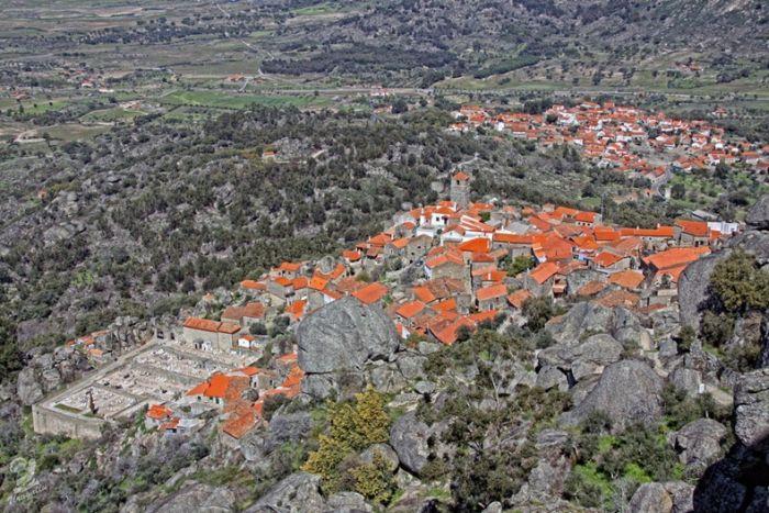 Село Монсанто - справжнє Португальське село (2)