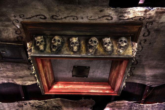 Будинок 1000 духів - пекельний ресторан, що наводить жах (31)