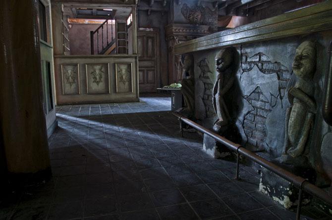 Будинок 1000 духів - пекельний ресторан, що наводить жах (27)
