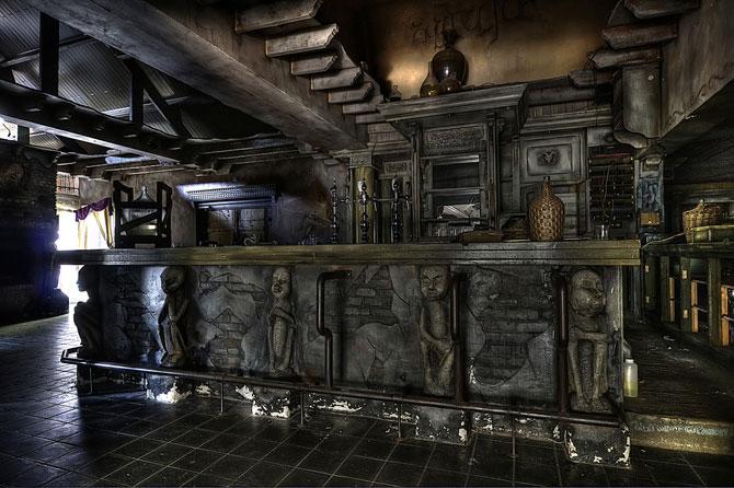 Будинок 1000 духів - пекельний ресторан, що наводить жах (25)