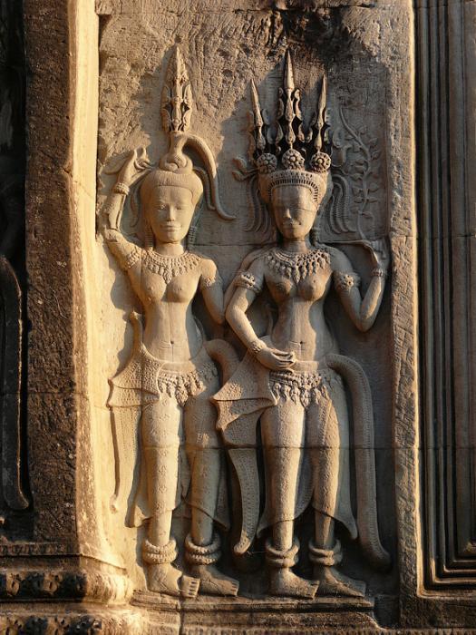Ангкор Ват у Камбоджі - містичне та дивовижне по своїй атмосфері і масштабності місце (16)