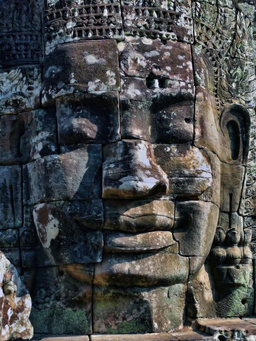 Ангкор Ват у Камбоджі - містичне та дивовижне по своїй атмосфері і масштабності місце (15)