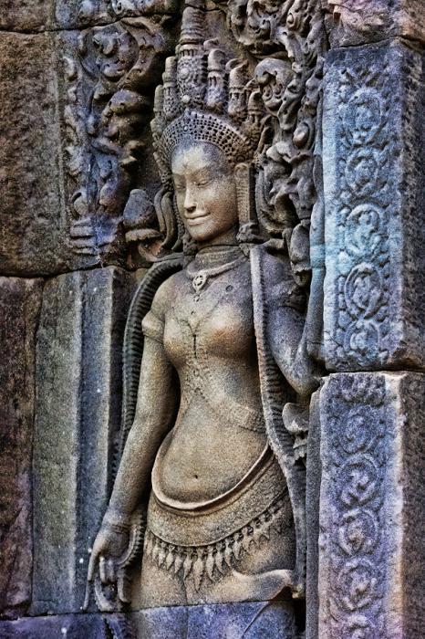 Ангкор Ват у Камбоджі - містичне та дивовижне по своїй атмосфері і масштабності місце (14)