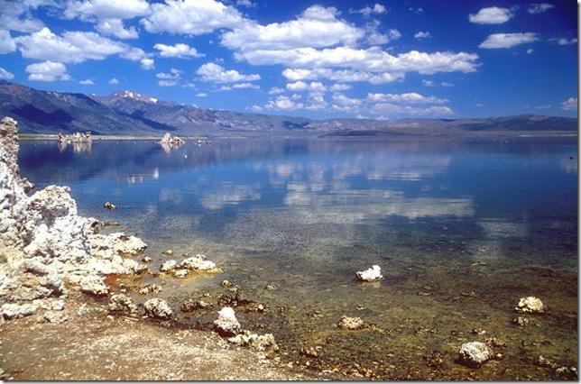 Одне з найдивовижніших місць в Каліфорнії - колони озера Моно (12)
