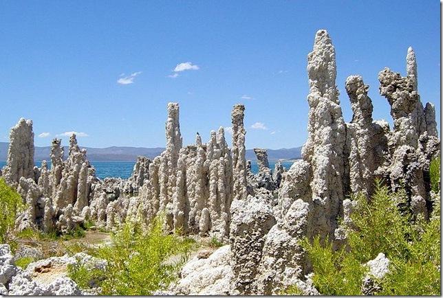 Одне з найдивовижніших місць в Каліфорнії - колони озера Моно (9)