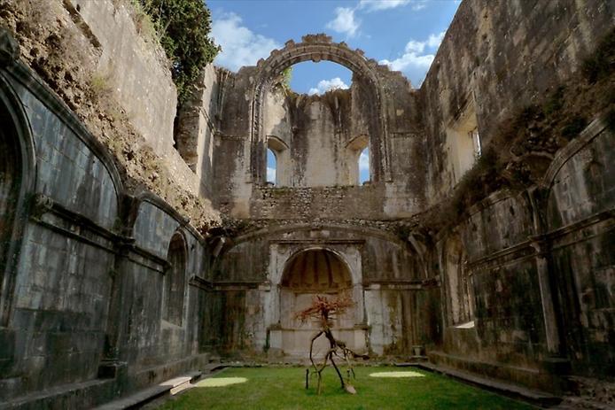 Красива фортеця Конвенту-де-Крішту - головна обитель португальських тамплієрів (12)