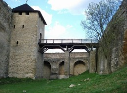 Хотинська фортеця - один з найдавніших і найвеличніших замків України (9)