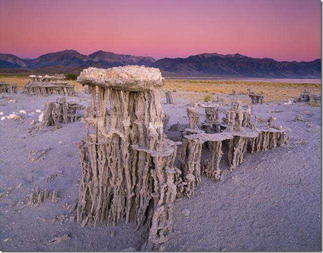 Одне з найдивовижніших місць в Каліфорнії - колони озера Моно (6)