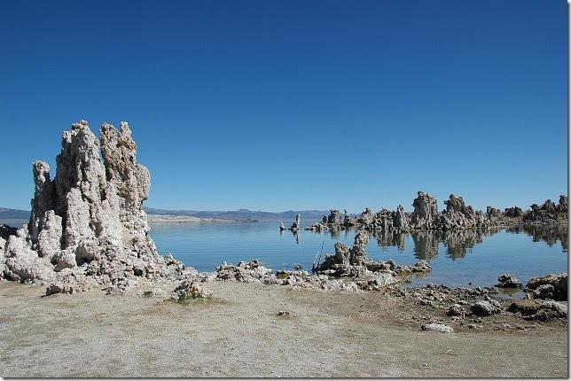 Одне з найдивовижніших місць в Каліфорнії - колони озера Моно (5)