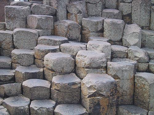 Дорога Гігантів - дивовижне з'єднання базальтових колон
