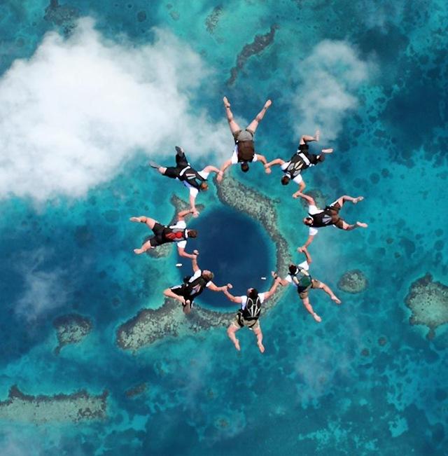 Велика блакитна дірка в океані: Підводна печера неподалік Белізу (3)