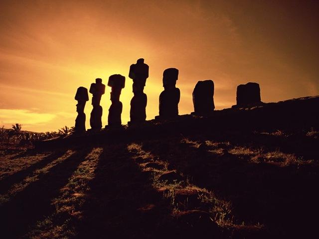 Острів Пасхи і загадкові кам'яні статуї Моаї (5)