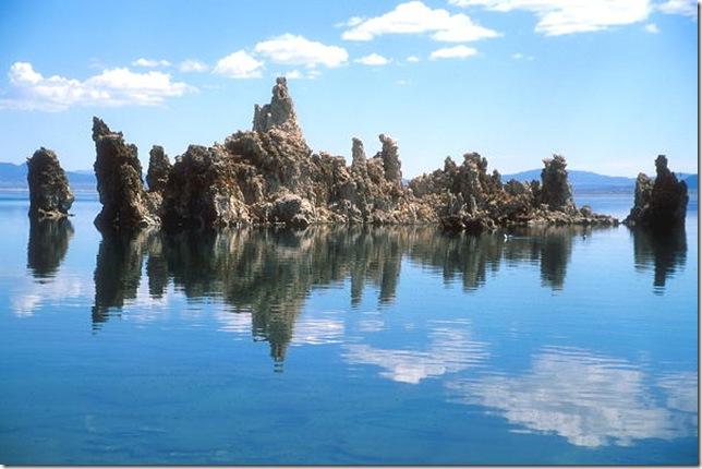 Одне з найдивовижніших місць в Каліфорнії - колони озера Моно (10)