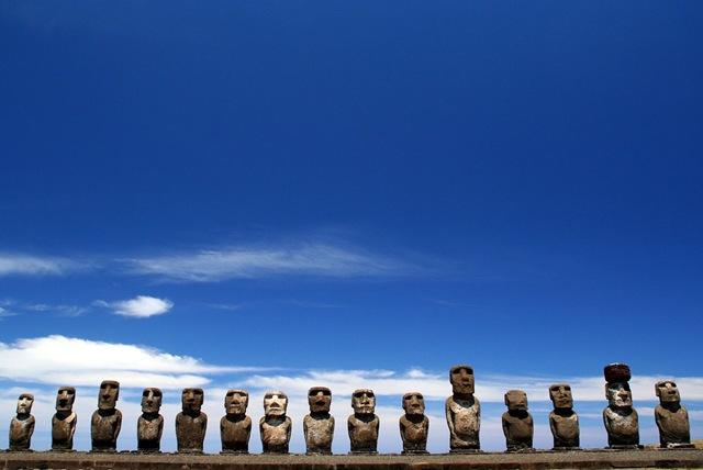Острів Пасхи і загадкові кам'яні статуї Моаї (4)