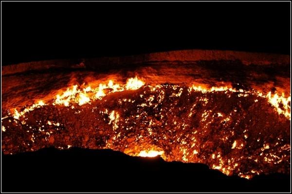 Ворота пекла: газовий кратер Дарваза в Туркменістані (5)