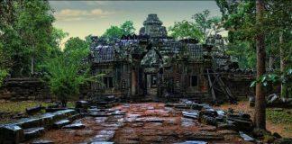 Ангкор Ват у Камбоджі - містичне та дивовижне по своїй атмосфері і масштабності місце (1)