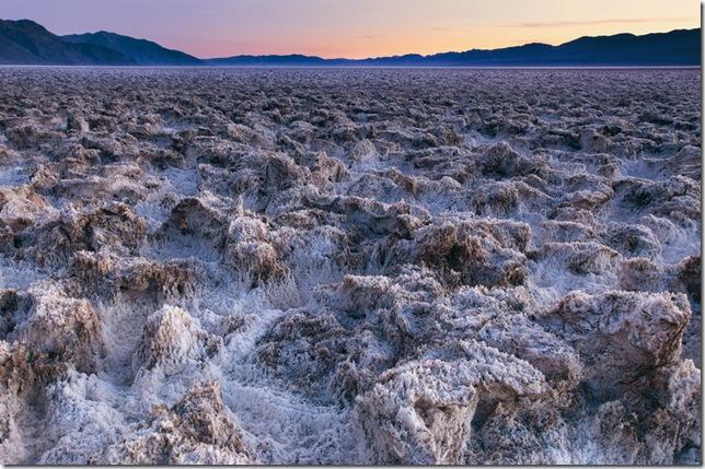 Парк Долина Смерті та камінці що самі пересуваються по ній (2)