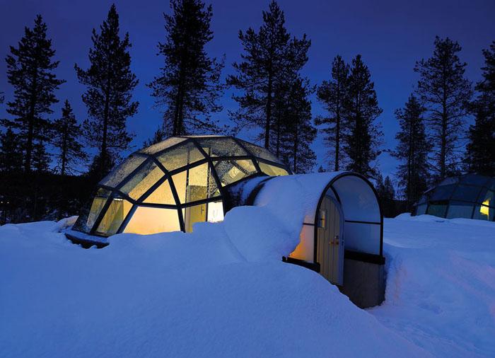 Унікальний готель у Лапландії зі скляними іглу для незабутнього відпочинку (3)