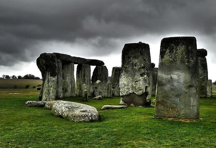 Осколки Вічності. Стоунхендж - гігантська кам'яна загадка посеред Європи (11)