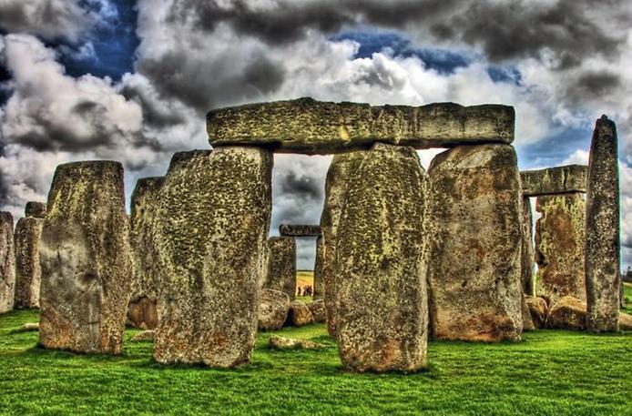 Осколки Вічності. Стоунхендж - гігантська кам'яна загадка посеред Європи (9)