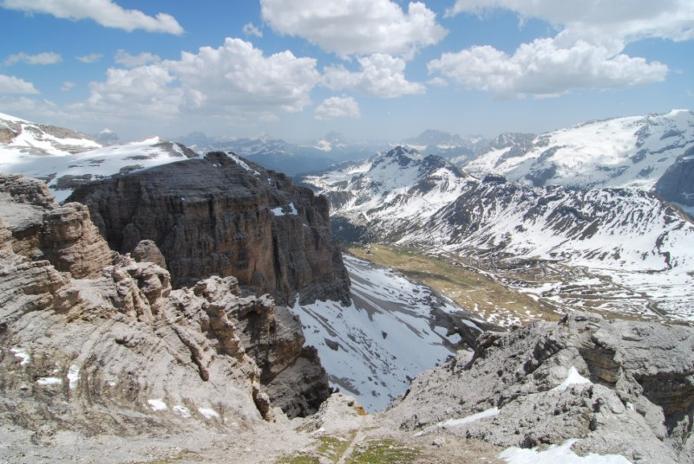 Доломітові Альпи - дивовижної краси 150-кілометровий гірський масив в Східних Альпах. Скарб Італії (3)