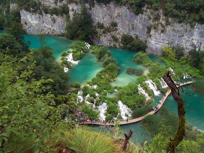 Плітвіцькі озера - Хорватське чудо природи (8)