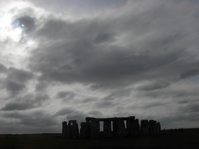 Осколки Вічності. Стоунхендж - гігантська кам'яна загадка посеред Європи (3)