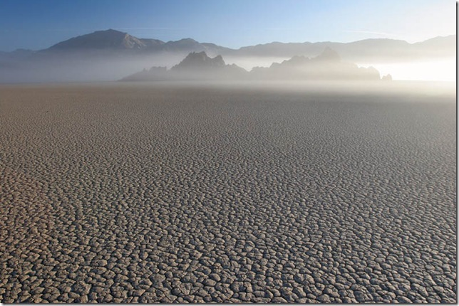 Парк Долина Смерті та камінці що самі пересуваються по ній (5)
