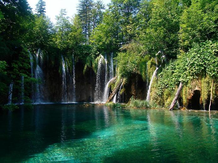 Плітвіцькі озера - Хорватське чудо природи (9)