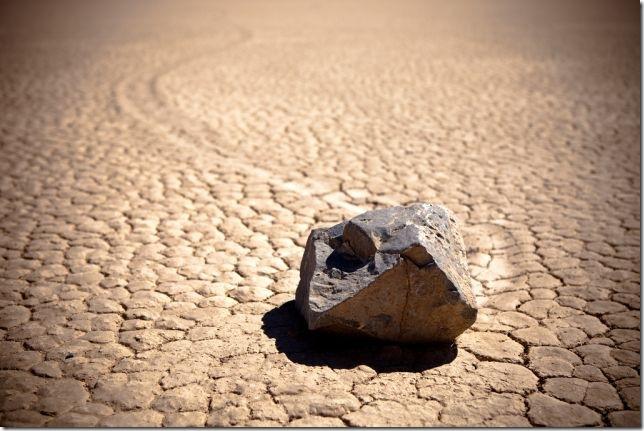 Парк Долина Смерті та камінці що самі пересуваються по ній (20)