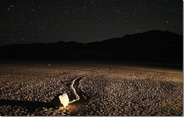 Парк Долина Смерті та камінці що самі пересуваються по ній (18)