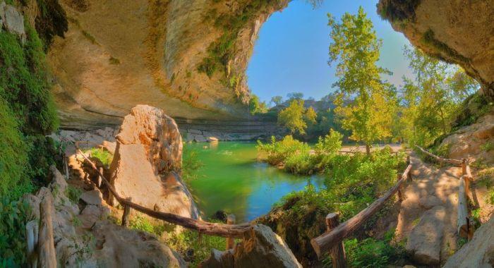 Фантастичної краси водоспад та озеро Гамільтона — Hamilton Pool (6)