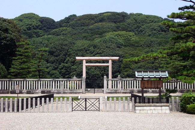 Курган в Осаці - найбільша гробниця в світі… (3)