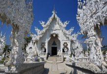 Wat Rong Khun, в перекладі Білий храм - найкрасивіший незвичайний буддійський храм в Таїланді (18)