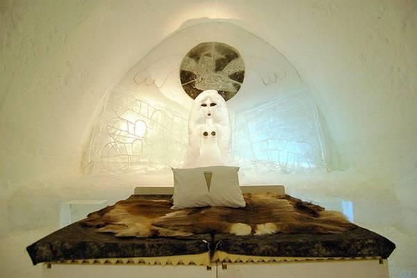 Королівство Снігової Королеви: незвичайний крижаний готель у Швеції (14)