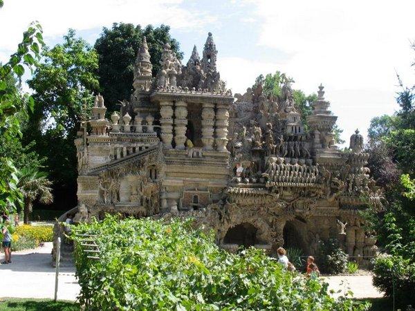 Неймовірний ідеальний замок (Palais idéal), побудований однією людиною за 33 роки (3)