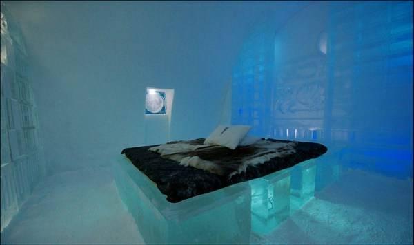 Королівство Снігової Королеви: незвичайний крижаний готель у Швеції (5)
