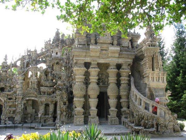 Неймовірний ідеальний замок (Palais idéal), побудований однією людиною за 33 роки (2)