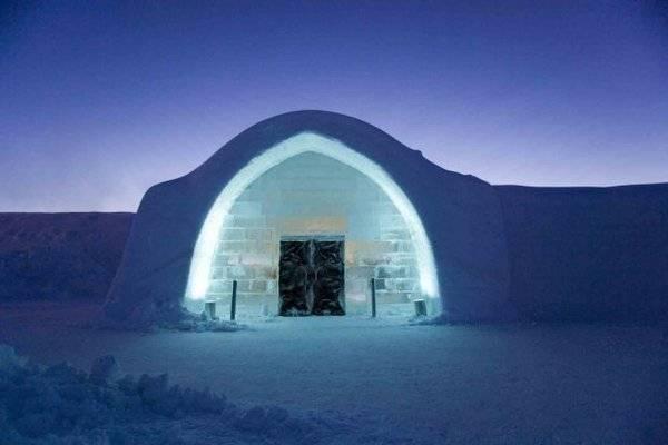 Королівство Снігової Королеви: незвичайний крижаний готель у Швеції (23)