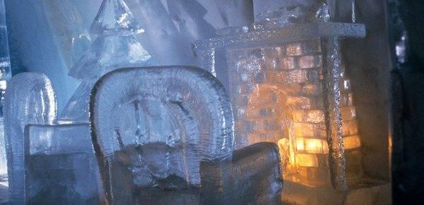Королівство Снігової Королеви: незвичайний крижаний готель у Швеції (3)