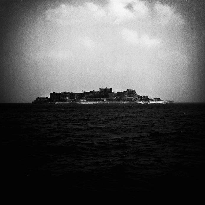 Моторошний острів Хашима або Гунканджіма. Острів привид в Японії. (22)