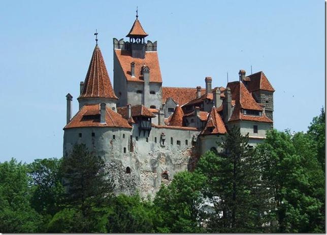 Славнозвісний румунський замок Бран. Замок Графа Дракули. (13)
