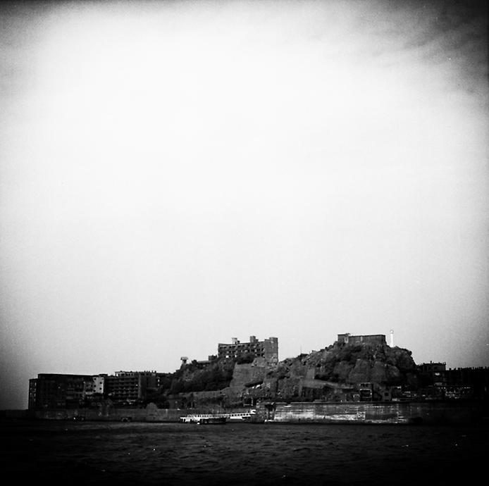 Моторошний острів Хашима або Гунканджіма. Острів привид в Японії. (21)