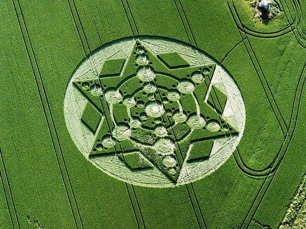 Одне з найкрасивіших кіл у світі - «зірка» з Англії