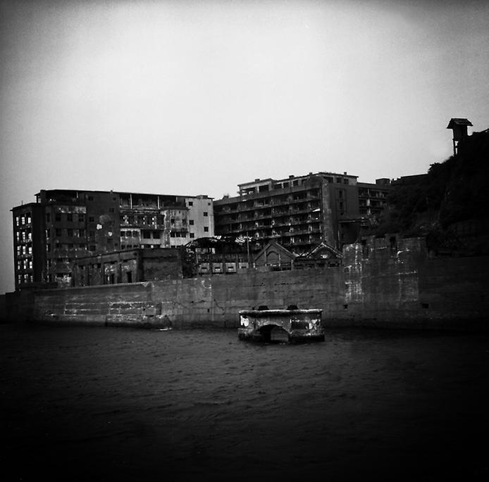 Моторошний острів Хашима або Гунканджіма. Острів привид в Японії. (20)